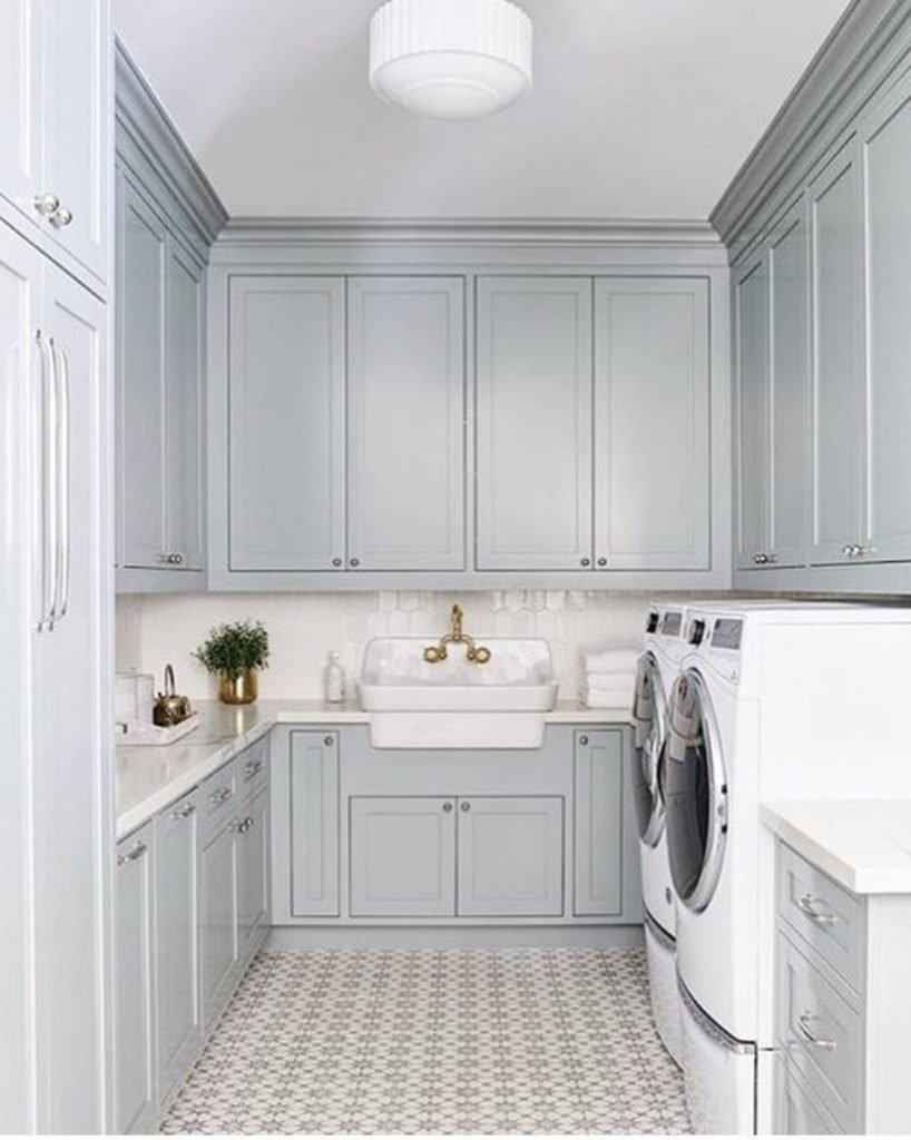 Benjamin Moore Greyhound Blue Laundry room